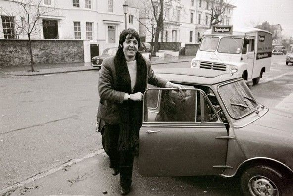 Paul McCartney Mini classic
